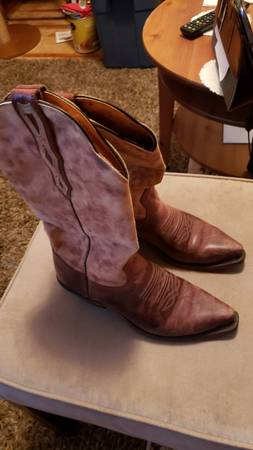 Photo Women39s Boulet Western Cowboy boots, Sz 7 - $80 (Rochester MN)