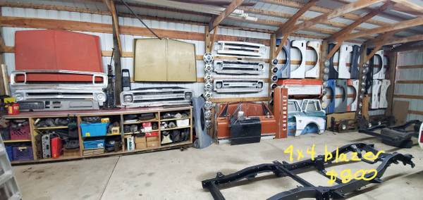 Photo --- 60 - 72 CHEVY GMC TRUCK PARTS --- - $1 (CHEVY SHED)