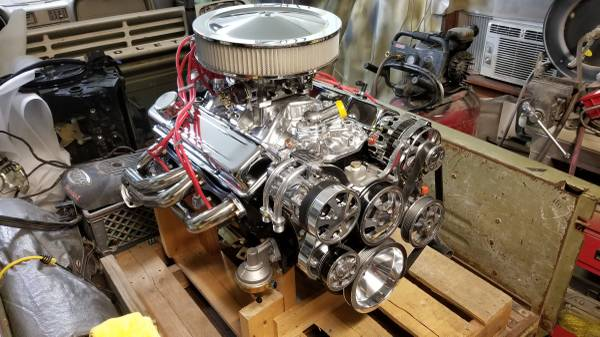 Photo --- SBC SMALL BLOCK CHEVY 350 CRATE ENGINE O MILES --- - $4000 (CHEVY SHED)