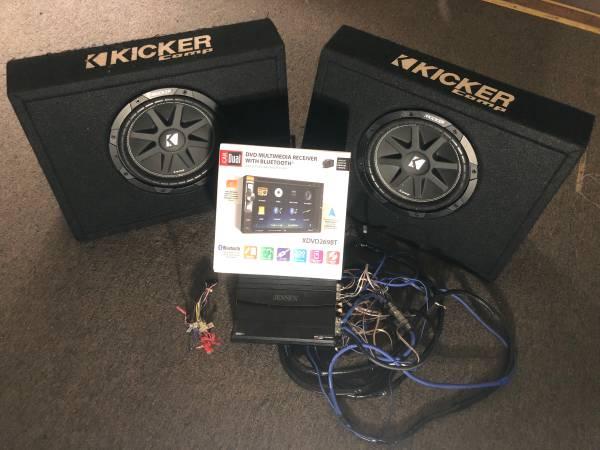 Photo 1200 watt  2 10 subs and Dvd Radio - $350 (Roanoke)