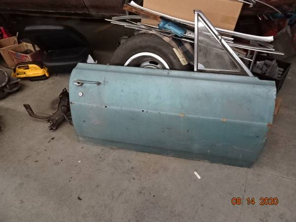 Photo 1964-65 Chevelle Door, right hand, complete take off. surface rust on - $400 (shawsville)