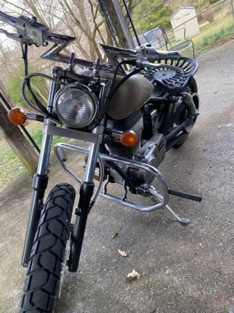 Photo 1996 Suzuki savage bobber - $2000 (Roanoke)