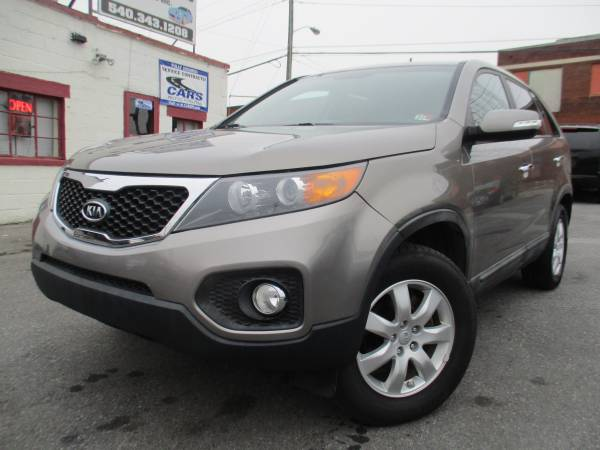 Photo 2013 Kia Sorento Sport  Hot Deal3rd Row Seat  Clean Title - $7490 (Roanoke)