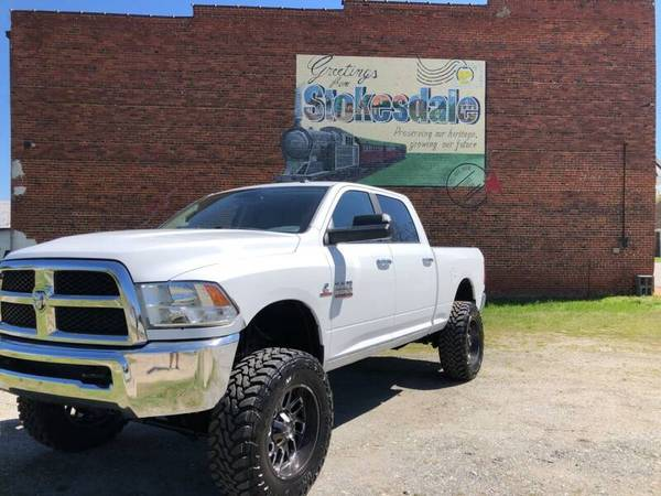Photo 2015 Dodge Ram 2500 SLT 4X4 LIFTED LOWMILES - $34999 (PRIORITYONEAUTOSALES.COM)