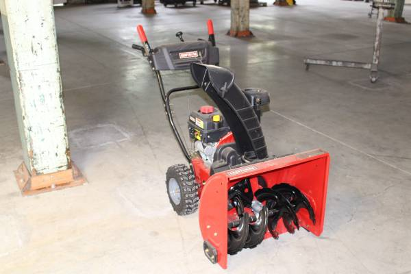 Photo Craftsman 24quot Two-Stage Snow Blower(Price Reduced) - $575 (Roanoke)