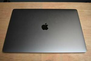 Photo LaTe 2019)MacBook Pro (Retina, 15-inch, - $500 (roanoke)