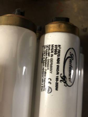 Photo Misc. Tanning Bed Bulbs - Free (Daleville)