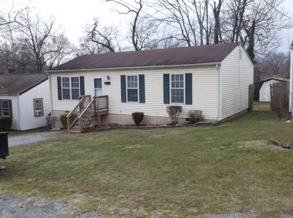 Photo NE Roanoke City, Remodeled 3BR, Deck, Shed  Fenced Yd (2218 Byrd Ave. NE)