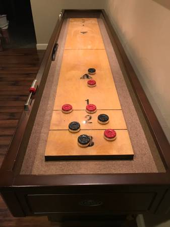 Photo Shuffleboard Table 939 by Legacy - $1500 (Cave Spring)
