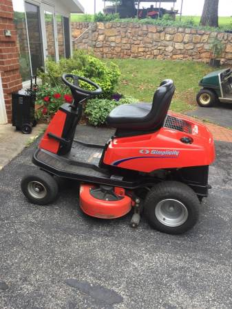 Photo Simplicity Coronet Riding Lawn Mower For Sale - $400 (Rocky Mount)