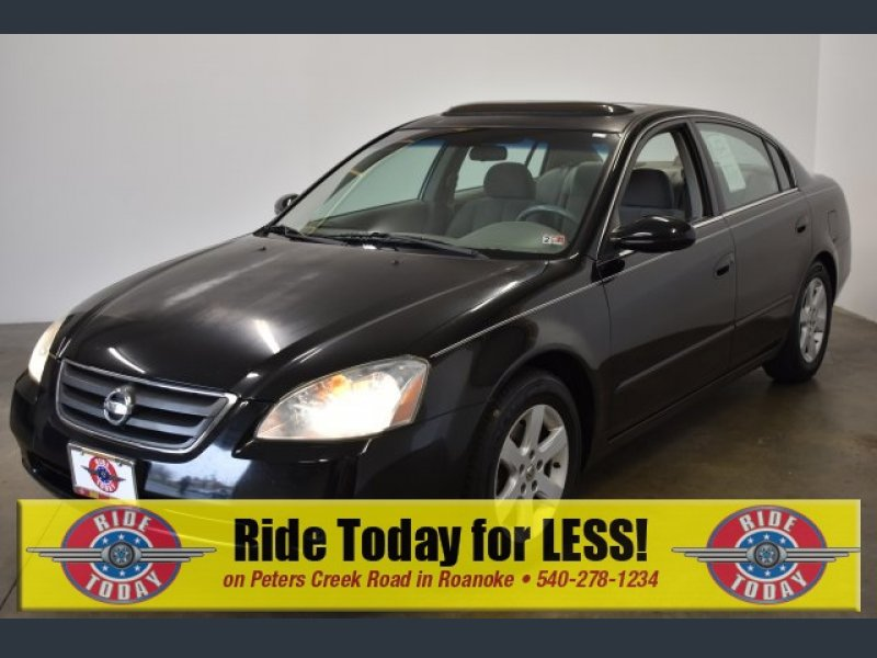 Photo Used 2002 Nissan Altima 2.5 S for sale