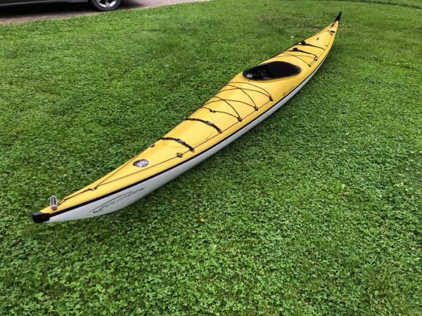 Photo 1739 Sea Kayak Perception Eclipse 17 - $1400 (Hilton)