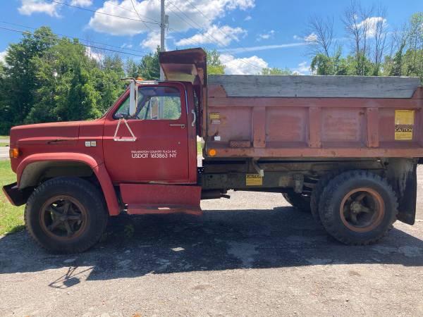 Photo 1984 Chevy c70 dump truck 1 owner 9k miles - $8500