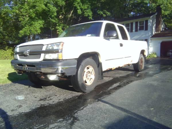Photo 2003 Chevy Silverado 1500 Extended cab, 4x4, 5.3 liter V-8 - $1,400 (Webster)