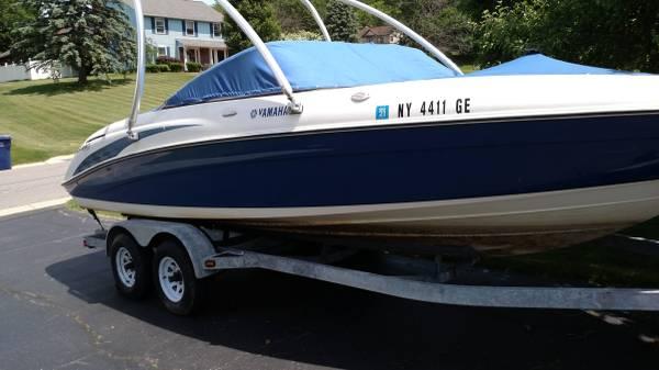 Photo 2005 Yamaha SX230 Boat . Twin engine Jet boat. 2339 Great Boat  Tower - $19,499 (Honeoye, NY)