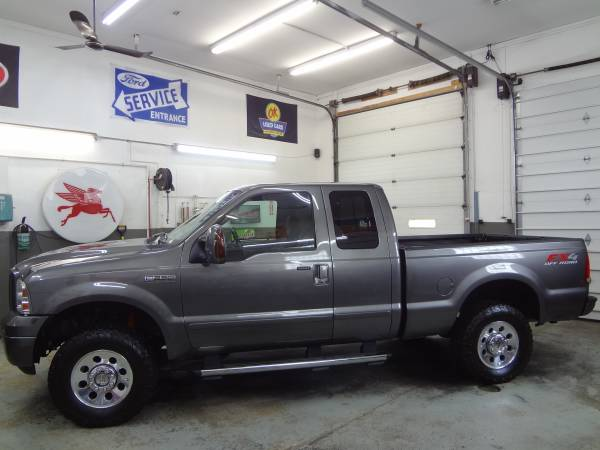 Photo 2006 Ford F250 Super Duty Ext Cab FX4 - PA Truck - $13995 (Spencerport)
