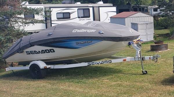 Photo 2006 Seadoo Challenger 180 jet boat - $13,000 (Webster)