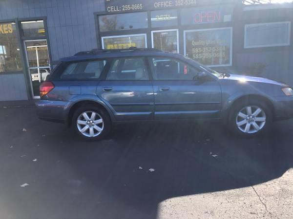 Photo 2006 Subaru Outback - $5,395 (Auto Max Spencerport NY)