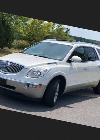 Photo 2010 Buick Enclave C no rust or rot at all , ice cold air conditioning - $1500