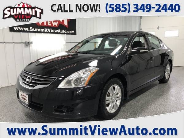 Photo 2010 NISSAN Altima 2.5 S  Midsize Sedan  Welcome to Summit View Auto - $6995 (Financing at www.SummitViewAuto.com  716-288-5223)
