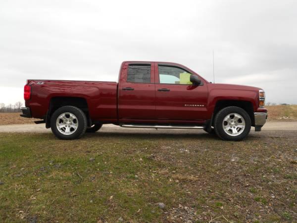 Photo 2014 Chevy Silverado 4x4 - $21500 (scottsville)