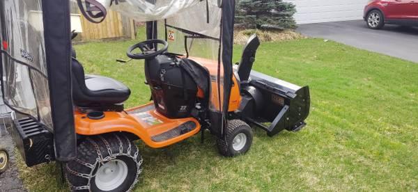 Photo 2018 Ariens 22hp Tractor  Berco Snowblower - $1000 (Penfield)