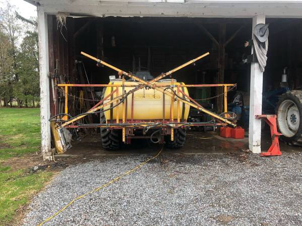 Photo 3 point Century Sprayer 30 - $650 (Stanley)