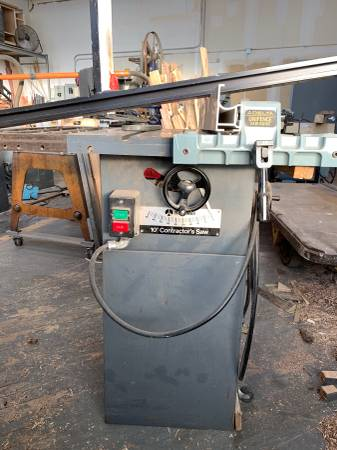 Photo Delta rockwell table saw with delta unifence - $450 (Rochester)