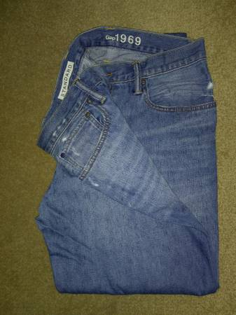 Photo GAP jeans for men - size 3630 - worn once - $10 (Henrietta)