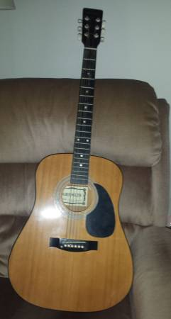 Photo Gremlin Acoustic Guitar-6 String - $65 (Chili)