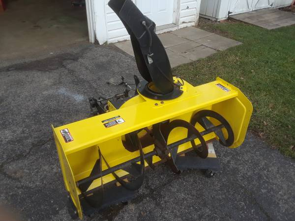 Photo JOHN DEERE 44quot 2 STAGE SNOWBLOWER ATTACHMENT FOR X-300 or X500 TRACTOR - $750 (Greece, NY)
