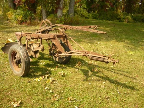 Photo JOHN DEERE Trailer plow - $375 (Rochester)