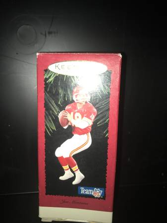 Photo Joe Montana Kansas City CHIEFS Hallmark Ornament - $20 (GREECE)