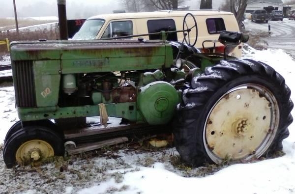 Photo John Deere Model 60 Narrow front , tractor - $2,500 (wny)