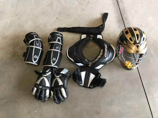 Photo Lacrosse helmet, gloves, elbow pads, and shoulder pads - $1 (Rush, NY)