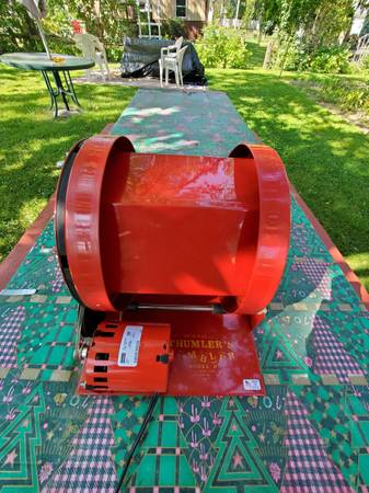 Photo Rock Tumbler - $200 (Le Roy)