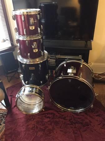 Photo Tama Rockstar Drums, 4pc  Floor Tom - $100