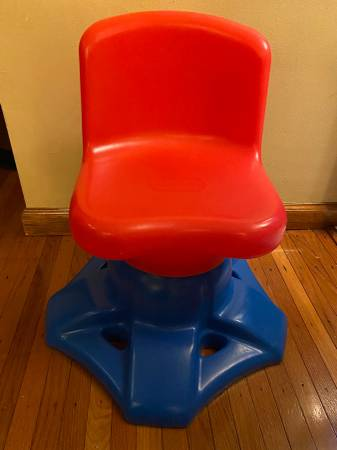 Photo Vintage Little Tikes Red and Blue Swivel Desk Chair - $30