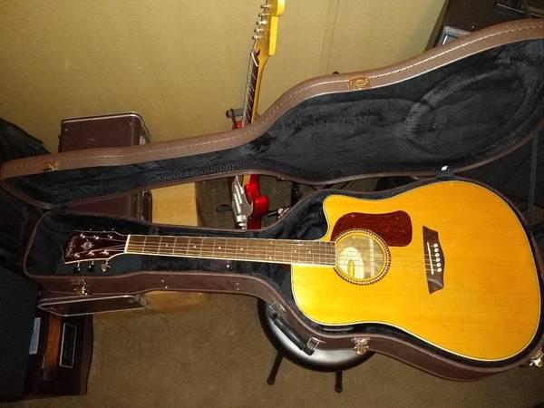 Photo Washburn Acoustic Electric Guitar - $300 (Caledonia)