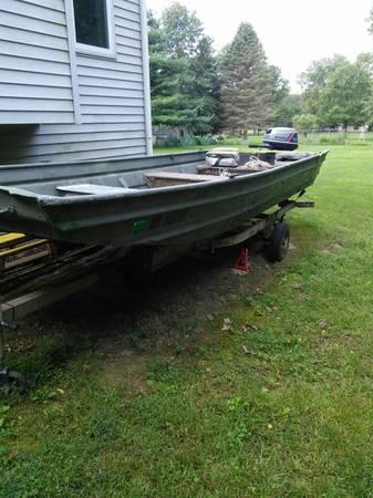 Photo 16 ft aluminium Jon flat bottom boat with 18 hp motor - $1400