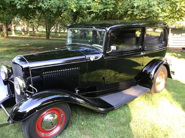 Photo 1932 Ford two door sedan - $38,000 (Near Rockford)