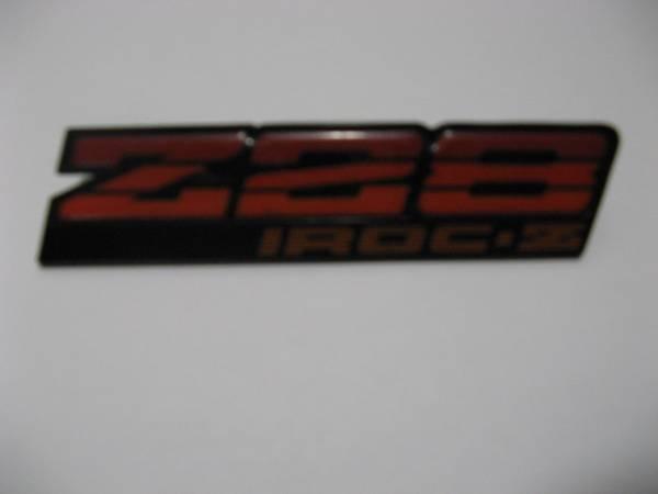 Photo 1987 Camaro IROC-Z Z-28 Dash Emblem - $20 (Dixon)