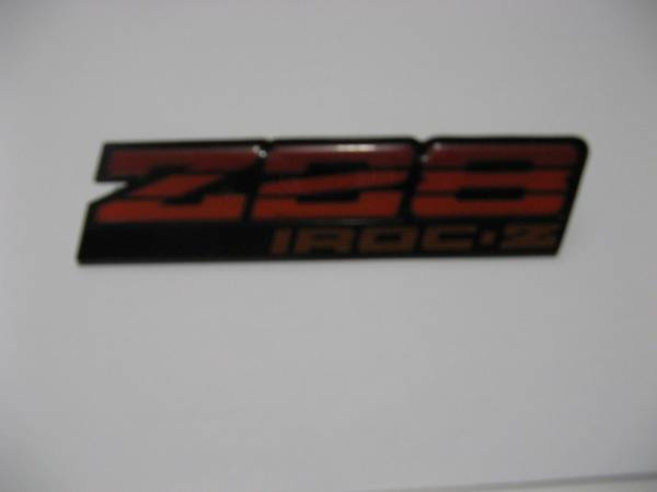 Photo 1987 Camaro IROC-Z Z-28 Dash Emblem - $20 (Dixon)