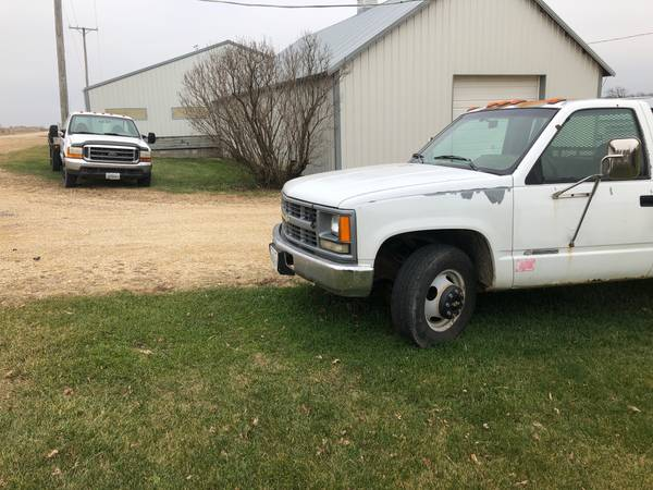 Photo 2000 Ford, 1994 Chevy Both Dually Diesel - $2,200 (MOUNT MORRIS)