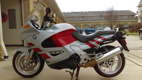 Photo 2003 BMW K1200RS ABS Sport-Touring, OEM Bags - RUNS PERFECTLY - RARE - $4,900 (Lincolnshire, IL)