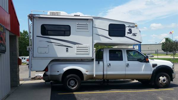 Truck Bed Camper >> 2004 Arctic Fox M860 Slide In 6 5 Ft Truck Bed Camper 10500