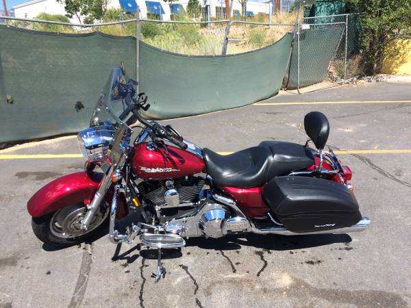 Photo 2004 Harley Davidson Road King Custom (FLHRSI) - $7,000 (Portage)