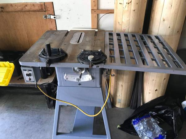 Photo Delta Rockwell Table Saw - $275 (JANESVILLE)