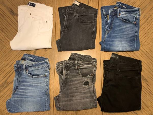 Photo Mens American Eagle and Hollister Jeans - $50 (Belvidere)