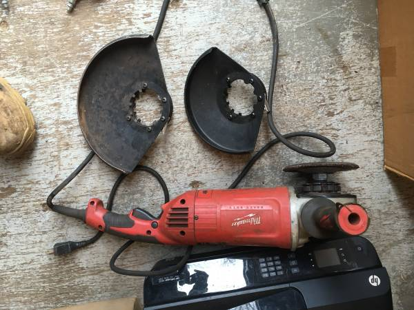 Photo Milwaukee 7-9 And Craftsman, Metabo 4 12 Inch Angle Grinder - $30 (Belvidere)